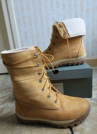 À vendre sur #vintedfrance ! http://www.vinted.fr/chaussures-femmes/bottines/52809719-chaussures-fourrees-timberland-pointure-38-neigefroid
