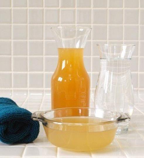 Bicarbonato e aceto per lavare i capelli. Il risultato vi farà rimanere a bocca aperta