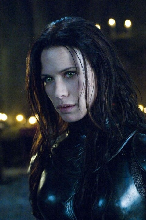 The True Vampire - Sonia Underworld - The Rise of the Lycans
