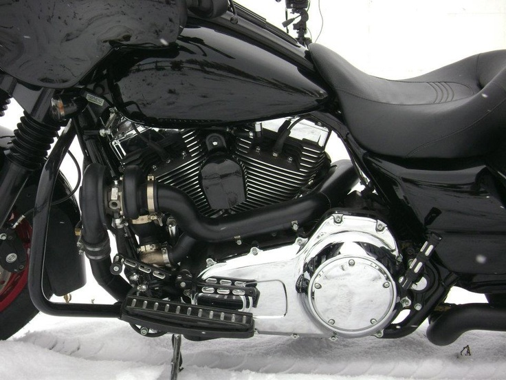 RCC Turbo kit on Harley Street Glide, turbo and waste gate view