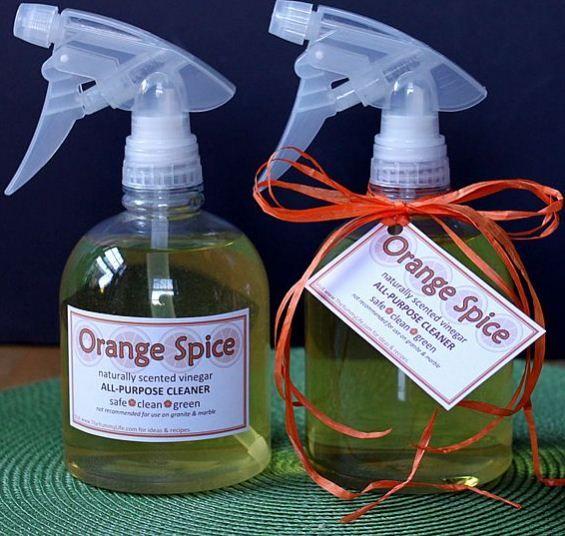 Een allesreiniger met citrusazijn is ook een origineel geschenk bijvoorbeeld bij een housewarming party.