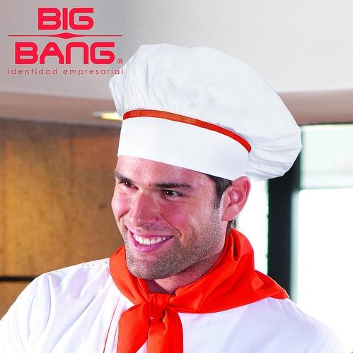 ¡Cualquiera puede cocinar, pero no cualquiera puede ser un #chef!  #chefmaster, #filipinasparachef, #gorroparachef, #uniformedechef, #uniformesdechef, #trajesdechef, #uniformesgastronomía, #camisasparachef, #chefdecocina  www.bigbang.mx