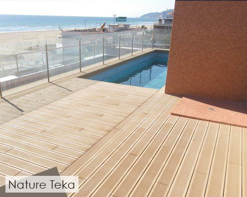 Disegna boards are reversible (smooth/grooved) leaving you with the freedom to customize your outdoor living space.