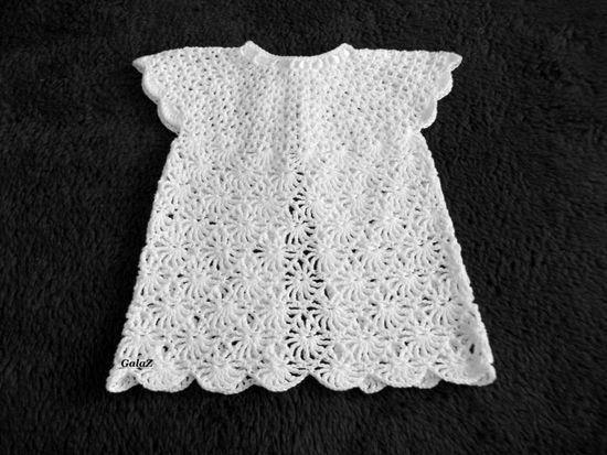 Связать спицами платье для новорожденной 3 месяца