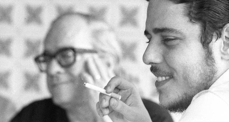 """Poeta camarada. Parceria e amizade entre Vinicius de Moraes e Chico Buarque de Holanda renderam duas canções marcantes: """"Valsinha"""" e """"Desalento"""""""