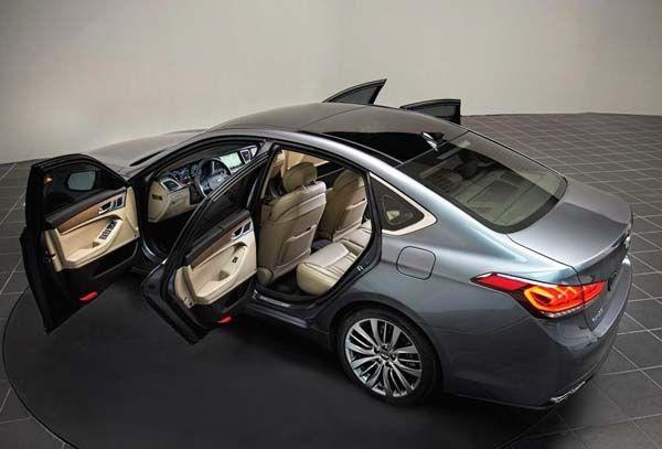 2015 Hyundai Genesis 3.8 Sedan Quick Take - Kelley Blue Book