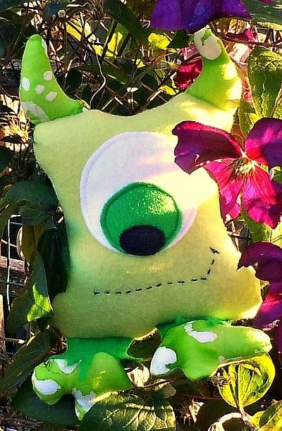 Cute Monsters Free Sewing Patterns, DIY, Make Your Own