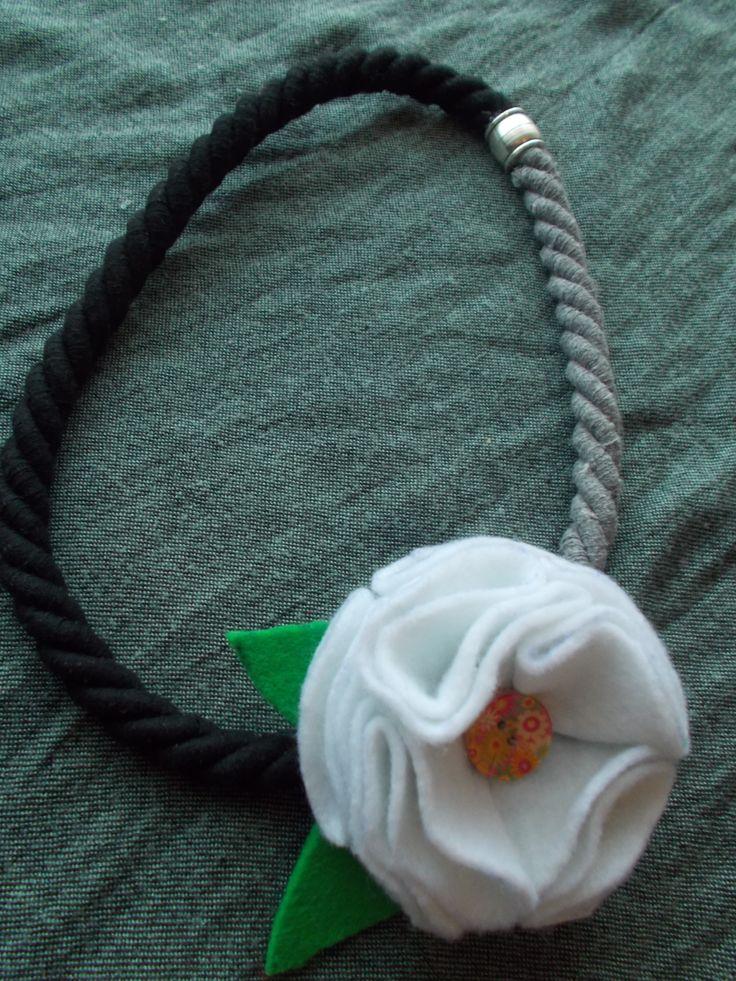white flower neck tale...