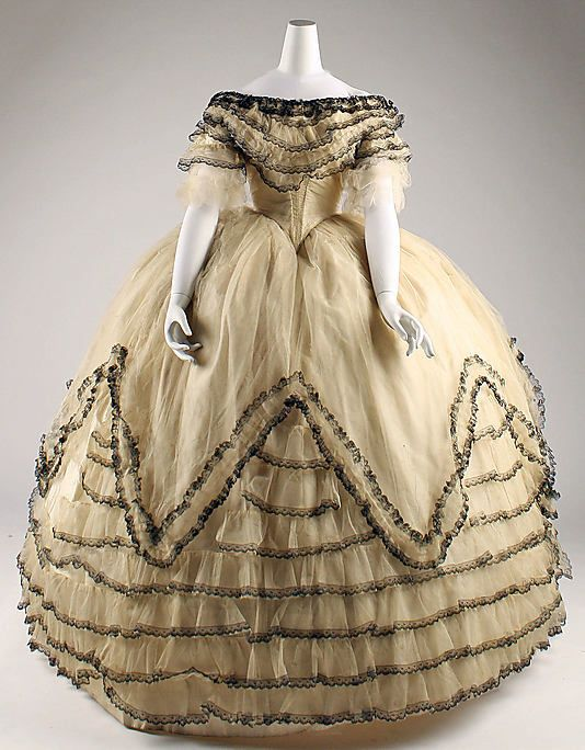 Ball Gown 1854, American or European, Made of silk