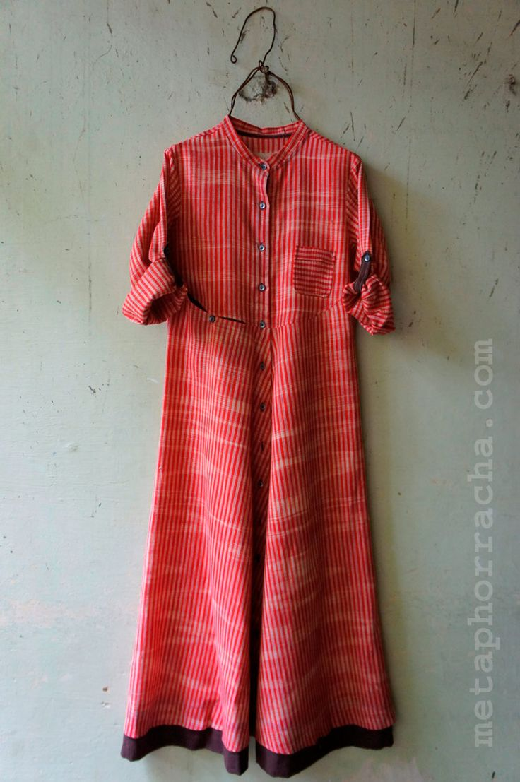A long dress in home-spun and handwoven [khadi] fabric from www.metaphorracha.com