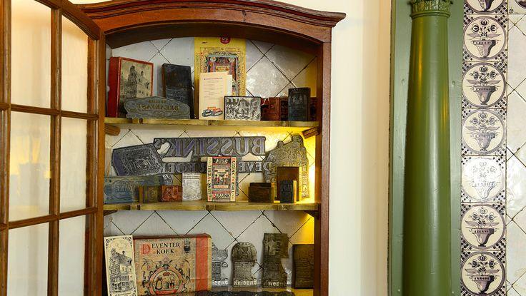 JB BUSSINK DEVENTER KOEKWINKEL echte Deventer koek anno 1593 : thee- en koffieschenkerij | Brink, Deventer Overijssel