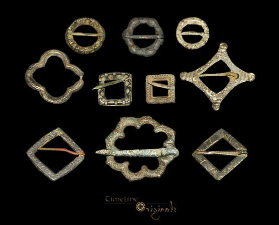 Medieval 'Decorated' Brooch Collection Bronze, 37 grams, 16-41 mm. 13th-15th century AD.
