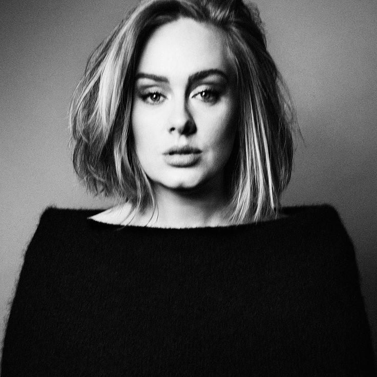 New photo of Adele on her Facebook