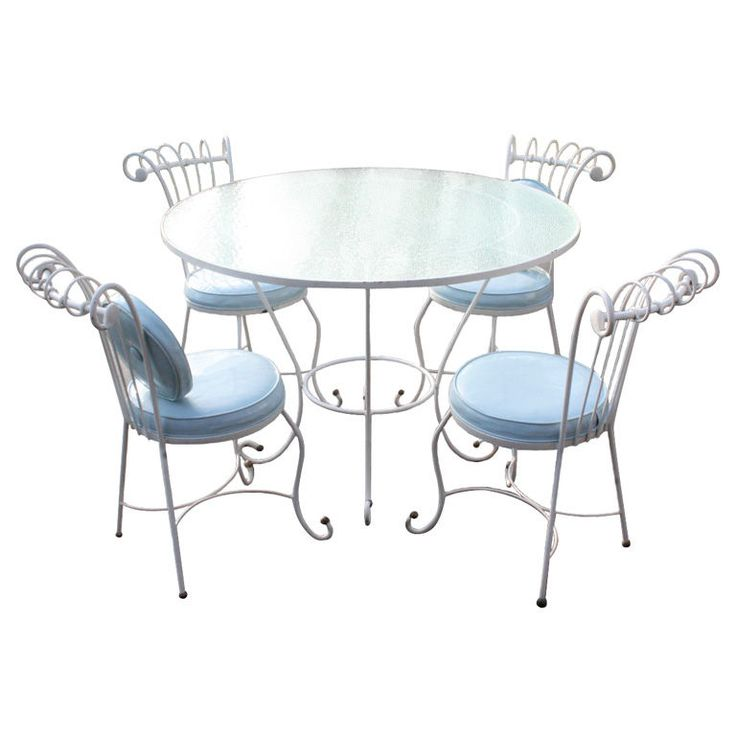 Dorothy Draper style 1940s wrought iron patio set | From a unique collection of antique and modern garden furniture at http://www.1stdibs.com/furniture/building-garden/garden-furniture/
