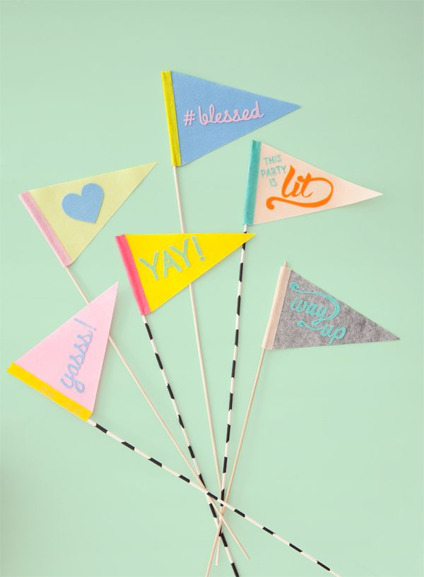 These DIY hand lettered felt flags would be such cute props for a photo booth!