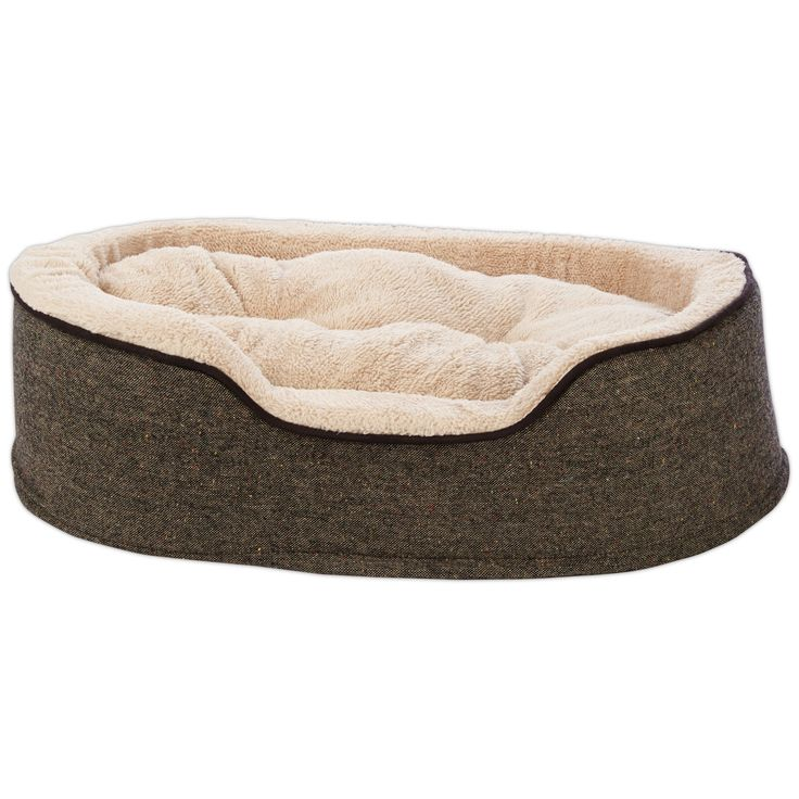 Surround your furry friend in supportive soft Sherpa with the Harmony Cuddler Orthopedic Dog Bed in Tweed. This round dog bed features bolster walls, a washable cover, a reversible plush pillow and orthopedic foam that relives pressure on your pup.