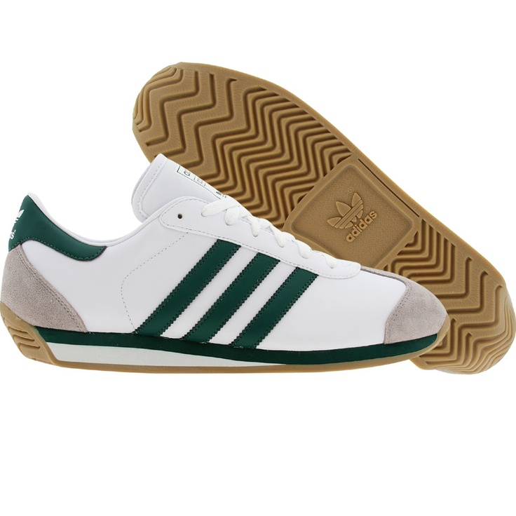 Adidas Country.