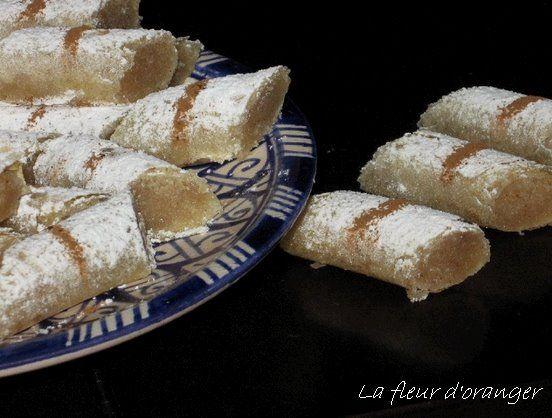 Mhencha aux amandes  Un classique de la pâtisserie marocaine , Ma fleur doranger