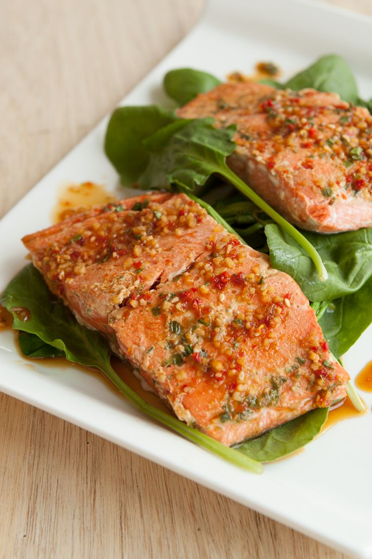 #Epicure Steamed Teriyaki Salmon with Spinach #portioncontrol