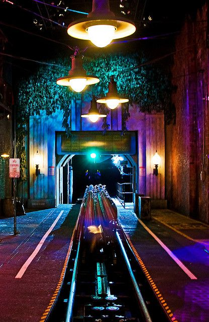 5-4-3-2-1!!!!!!!!!!!!!-Aerosmith Rockin Rollercoaster. this was one of my favs. shoots you off 0 to 60 in 4 sec.