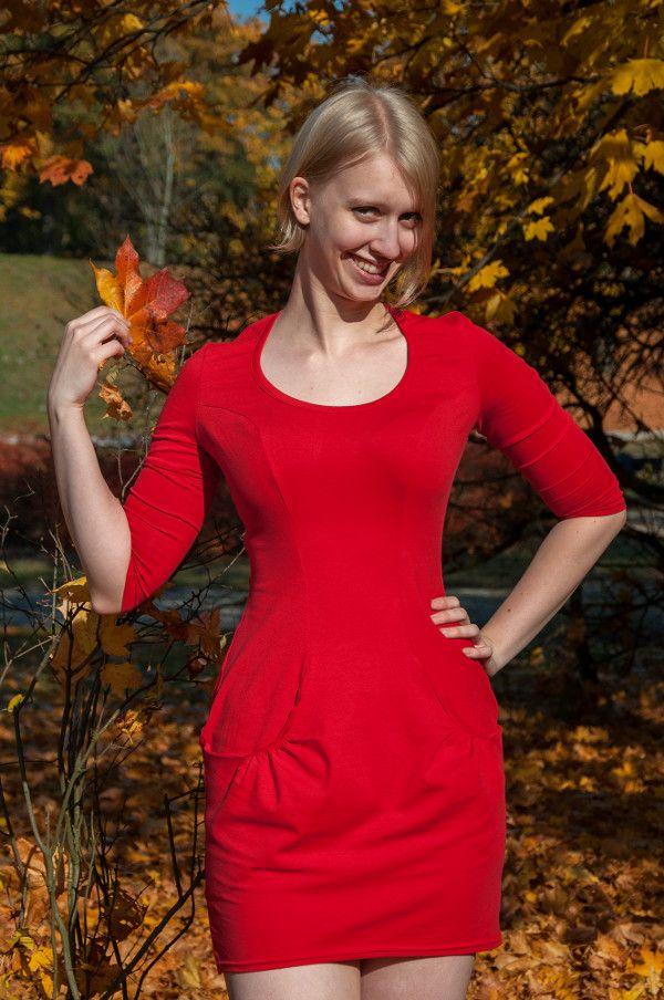 Urkye Kieska Dress with Pockets in Red