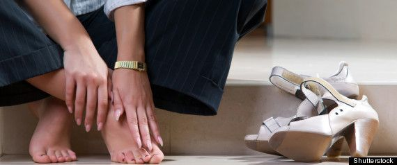 #ToqueTip ¿Dolor de pies?  No dejes pasar esta molestia  y visita cuanto antes a tu podólogo de confianza. Los esperamos #pies #pedicure #podología