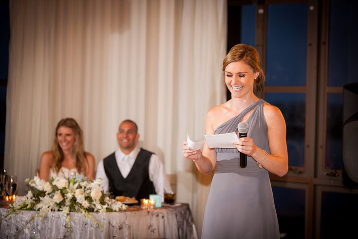 Do not worry our ideas and tips for writing speeches for weddings, you'll see how easy it is to find the perfect words on this special day.