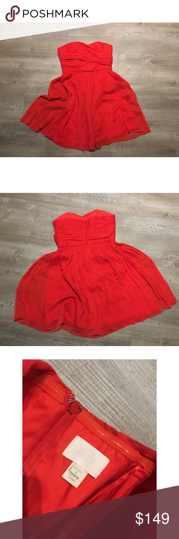 J.Crew Orange Silk Strapless mini wedding dress 6P ✨(❁´◡`❁) ωḙℓḉ✺Պḙ (❁´◡`❁)✨      🦋Description:     •Gorgeous bright Electric Orange silk fabric    •Strapless    •Above knee, mini length     L   ✨        🦋Brand: J. Crew         🦋Size: 6 P        🦋Condition: Excellent preowned shape. No holes or stains.         (please refer to all photos Don't hesitate to ask ANY and ALL question before Bidding/Buying) J. Crew Dresses Wedding