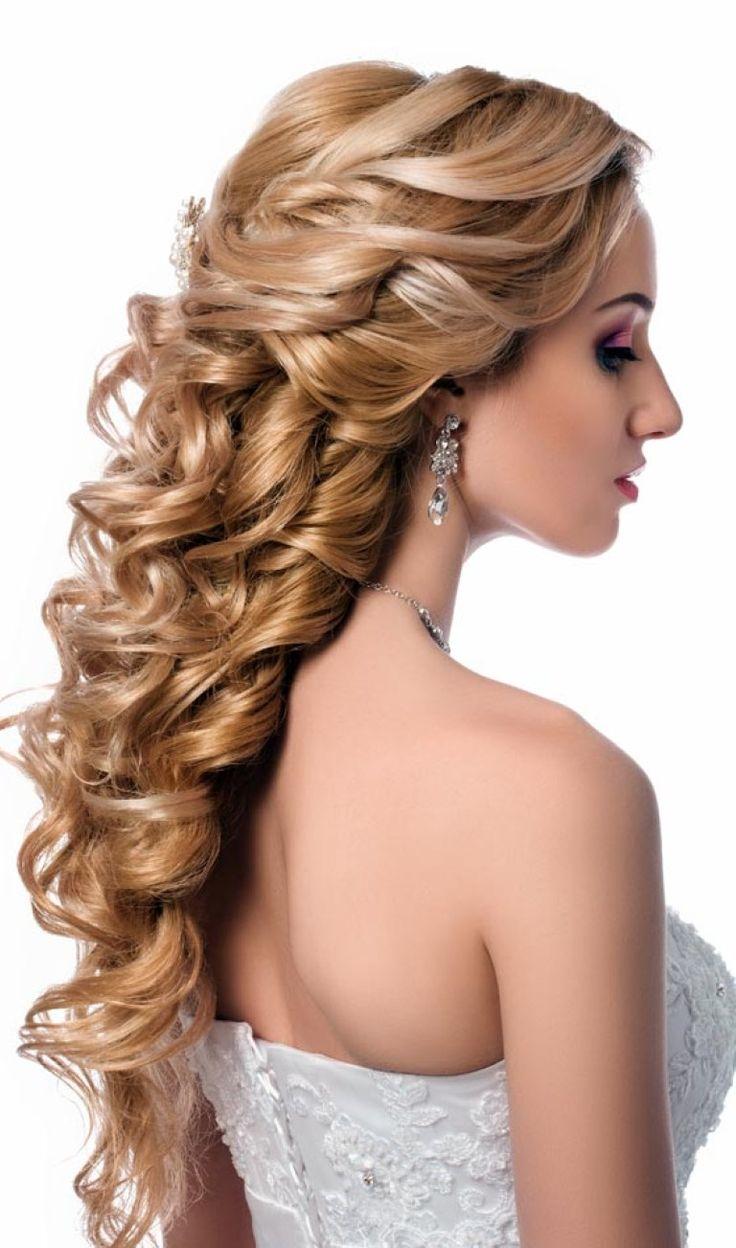 17 Winter-Braut Frisuren Für Indische Frauen - #BrautFrisuren, #Frisuren, #Haare, #Hochsteckfrisuren, #IndischeFrauenHaare, #Trendfrisuren