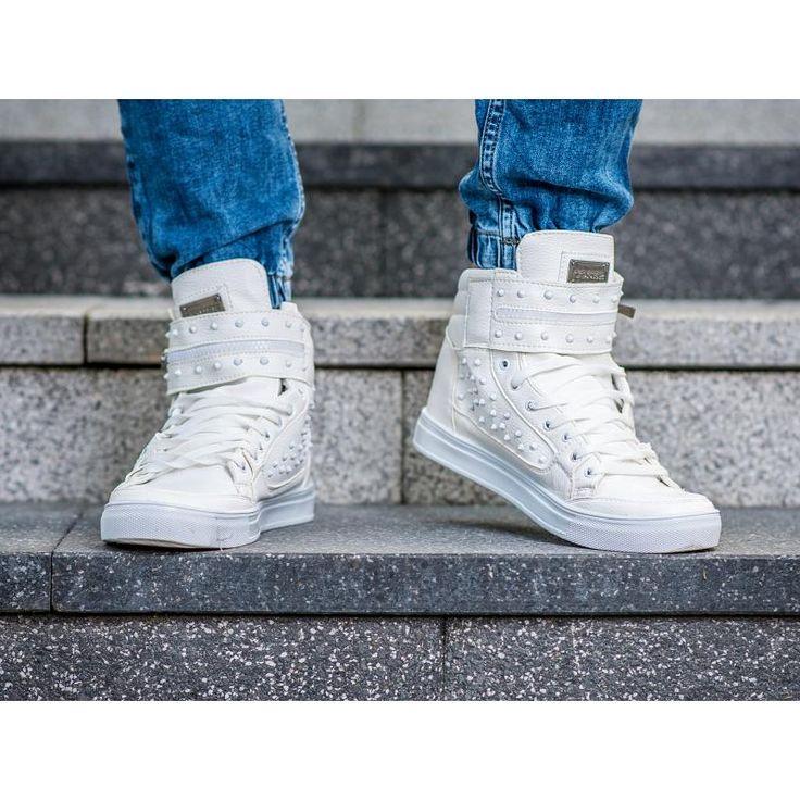 Pánske štýlové členkové topánky biele | manSTYLE.sk