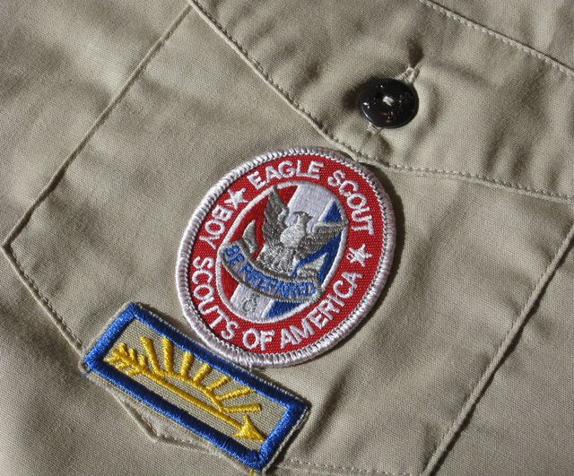 boy scout eagle application essay Eagle scout essayswhat do senator bill bradley, the first man on the moon neil armstrong, president gerald r ford, film maker steve speilberg and me all have in common since 1911, more than one million boy scouts have earned the rank of eagle scout, the highest advancemen.