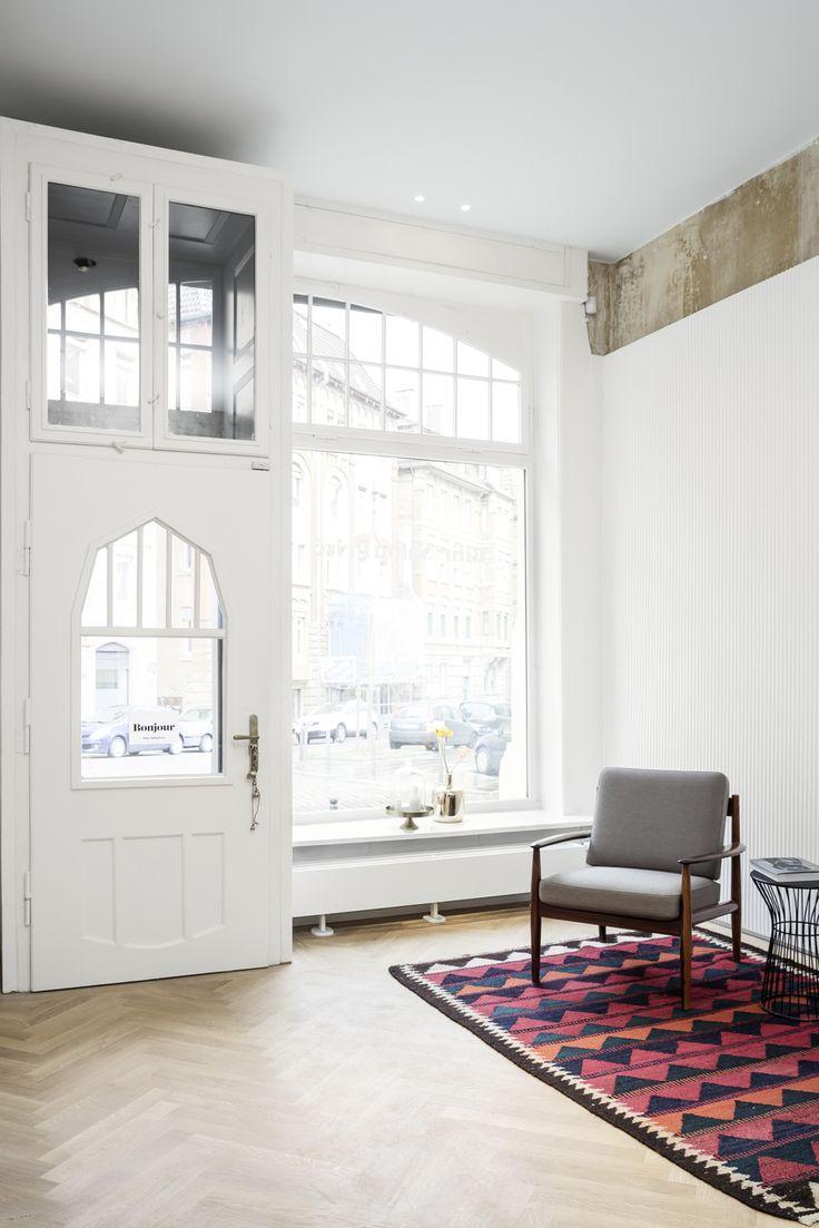 ber ideen zu eingangsbereich teppich auf pinterest k hlerabdeckung eingang und teppiche. Black Bedroom Furniture Sets. Home Design Ideas