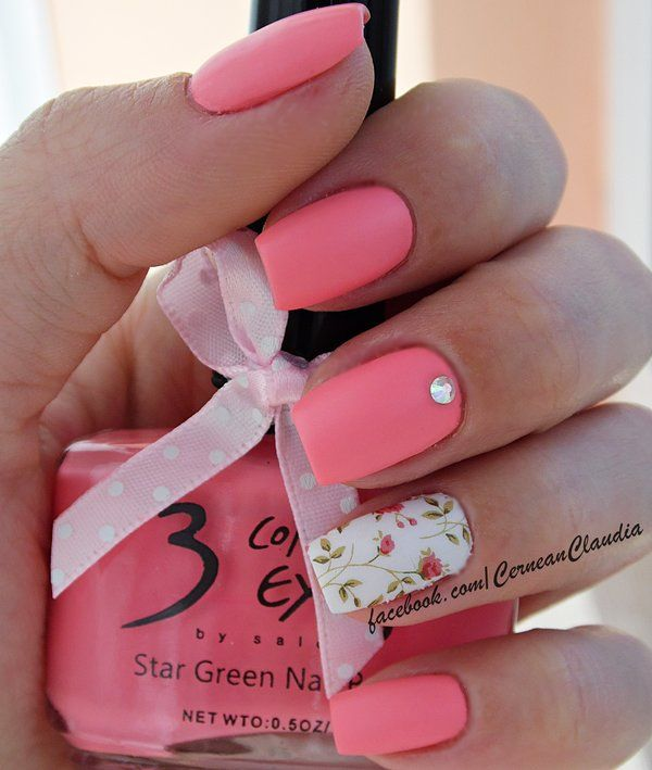 Tutorial on : http://claudiacernean.blogspot.ro/2014/11/unghii-cu-flori-flowers-nails.html Using the code ' CRX31' you will get 10% discount for all the www.BornPrettyStore.com products.