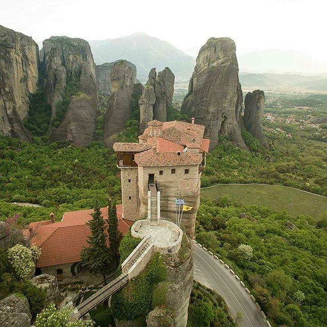 A trip to Meteora's Monasteries offers the unique experience of nature combined with the history from the early Christian times and architecture.  The rocks of Meteora are perched above the town of Kalambaka, at a maximum height of 400 m.    Thank you @jim.nous for sharing with us, this amazing shot.