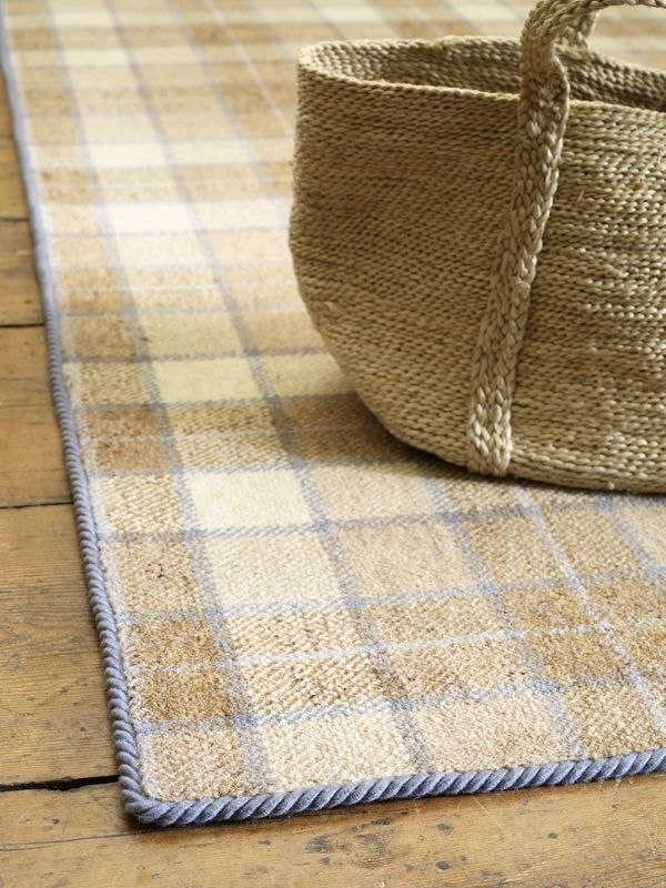 Easy bind in grey dunn an easy diy way to make your own for Easy rugs