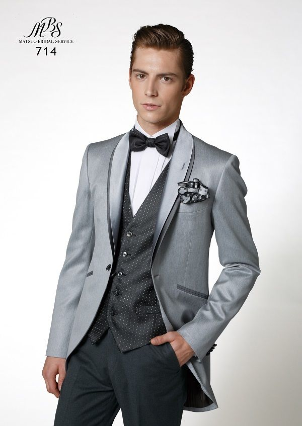 すっきり見えるショート丈のモーニングコート♪ オーセンティックでシンプルな新郎衣装の一覧。