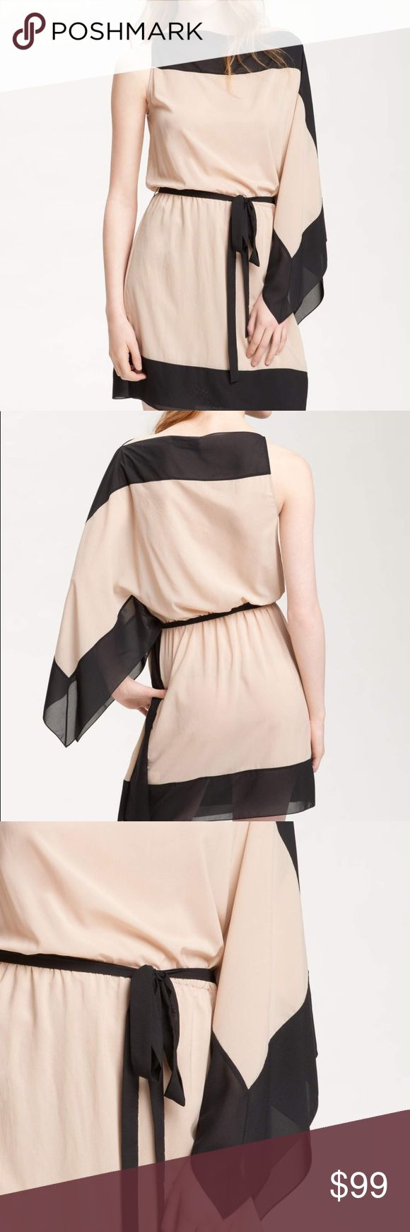 "Robert Rodriguez Colorblock Cascade Sleeve Dress Inky chiffon frames a soft nude dress, designed with side pleats and a fluttery cascade sleeve for dramatic contrast. * Approx. length from shoulder to hem: 34"". * Lined. Robert Rodriguez Dresses Mini"