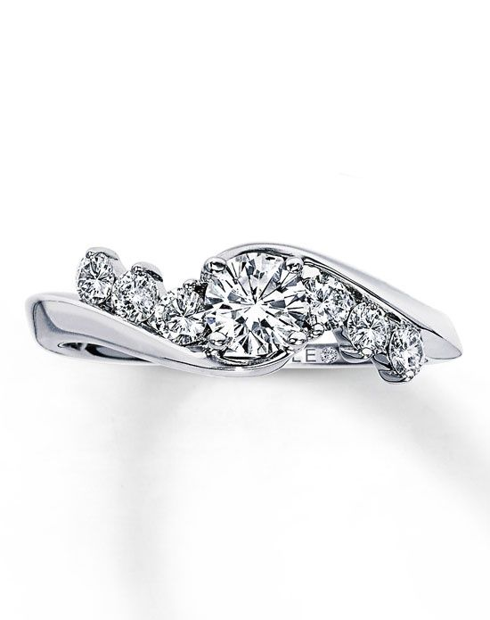 stunning! The Leo Diamond 990510303 990510303 Engagement Ring and The Leo Diamond 990510303 990510303 Wedding Ring