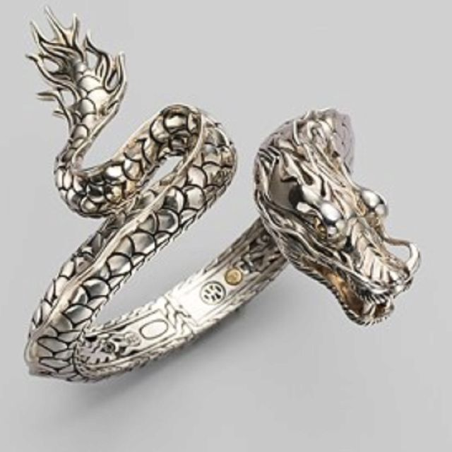 Dragon ring--MUST.HAVE.