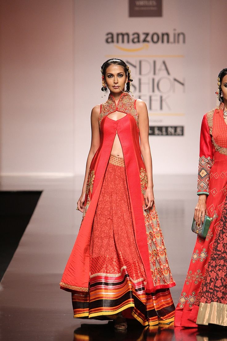 By designer Virtues by Viral, Ashish and Vikrant. Shop for your wedding trousseau, with a personal shopper & stylist in India - Bridelan, visit our website www.bridelan.com #Bridelan #bridelanindia #VirtuesbyViralAshishandVikrant #amazonindiafashionweek #amazonfashionweek2016 #autumnwinter