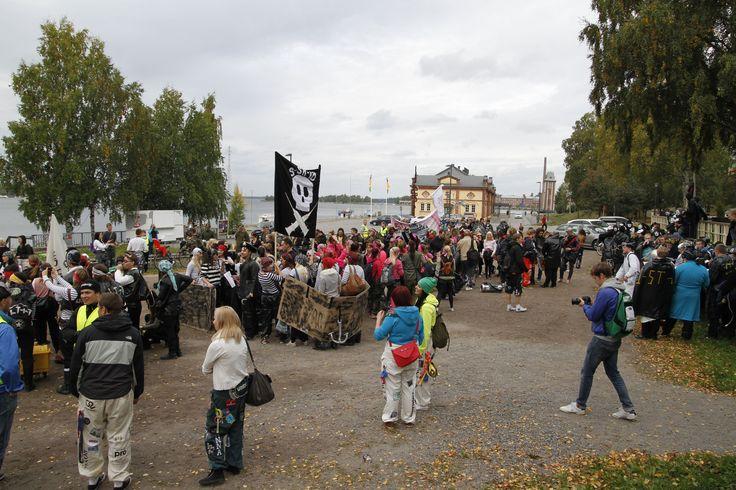 VAMK students having fun at Olupialaiset 2013. Photographer: Markku Kuusinen
