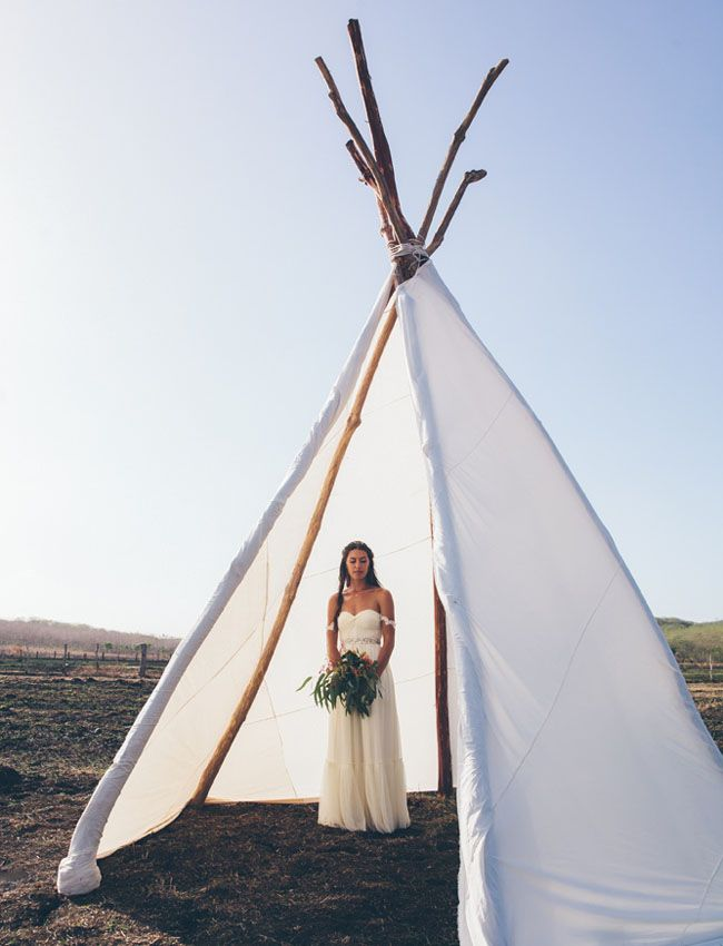 Love this bride's BHLDN dress (and that giant tipi, too!)