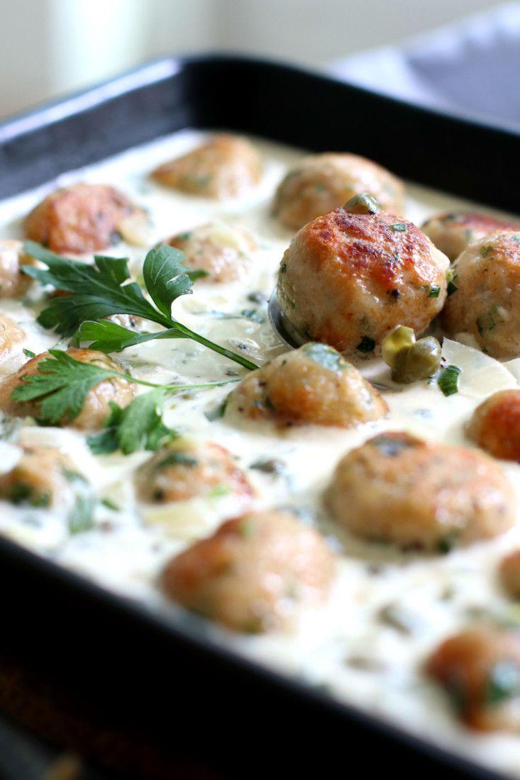 Kip gehaktballetjes, dragonsaus en pasta