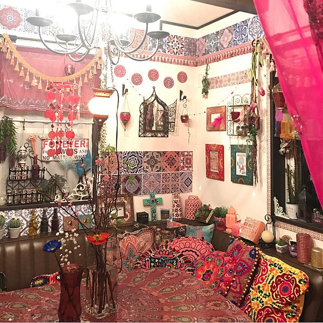 壁 天井 クッション 10000人の暮らし モロッコ 観葉植物 などの