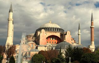 Journey of a Dream: ISTANBUL KOSOYUR - Η ΠΟΛΗ ΤΡΕΧΕΙ