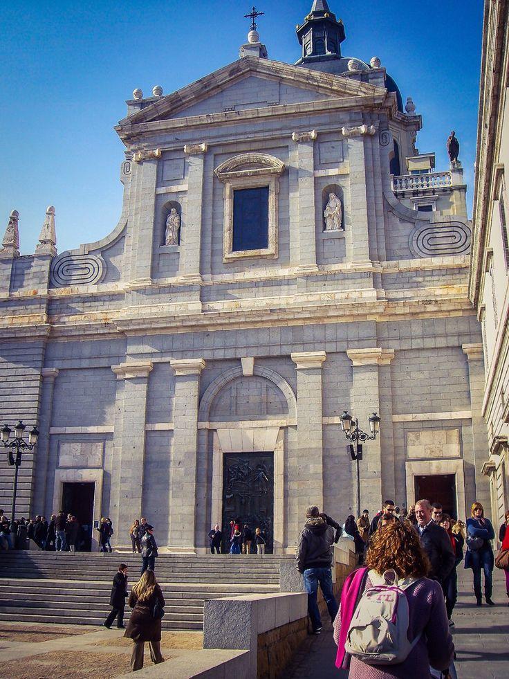 Catedral de la Almudena, Fachada de Bailén (Madrid - Spain)