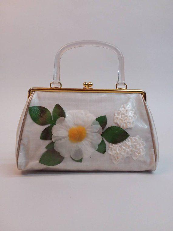 1950s Vinyl Plastic Daisy Floral 3d Purse Handbag Etsy Purses And Handbags Plastic Handbag Handbag