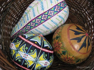 gourds...this is a cool idea even w/ those fake gourds they have at craft stores