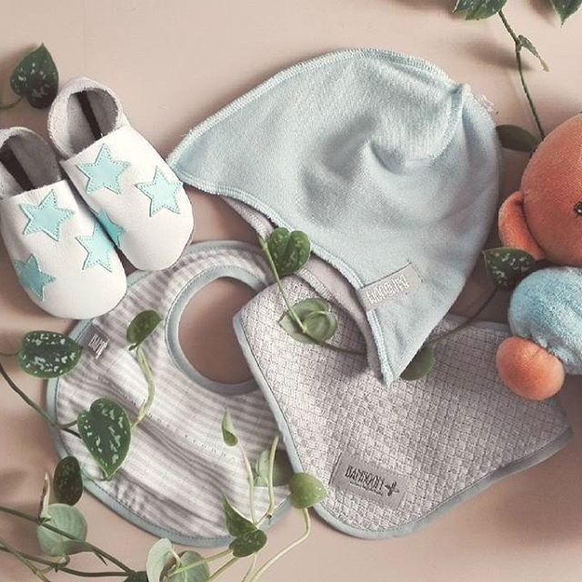 Oggi con questo sole ci viene voglia di immergerci nella natura 🌷 🍀 🌱 🌼 Non poteva mancare @bamboomofficial nel nostro corredino, abbinato alle bellissime scarpette #starchild :) #casadelbambino #bamboom #babyshop #babydesign #mom #mommy #mother #family #mommylife #babystyle #babygift #babyshower#bestoftheday #follow #instadaily #photooftheday #picoftheday#adorable #babies #baby #beautiful #cute # #infant #instababy #instagood #kid #kids  Scopri di più su ☞ www.casadelbambino.com