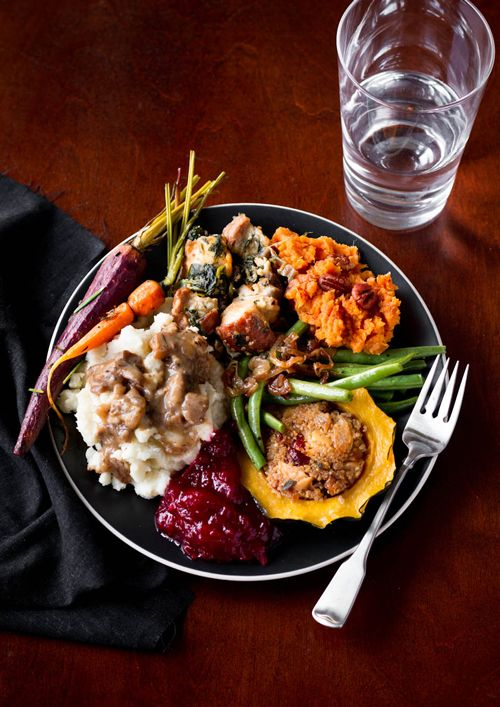 This complete vegetarian Thanksgiving menu is doable for even beginning cooks. A vegetarian Thanksgiving dinner doesn't have to be mashed potatoes & rolls!